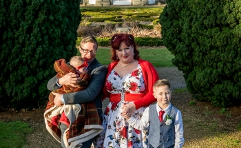 Family wedding photographs in the grounds of Chantry Park, Ipswich